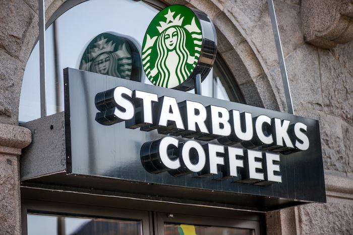 starbucks - Il caffé da Starbucks si paga senza contanti. Ma niente Bitcoin