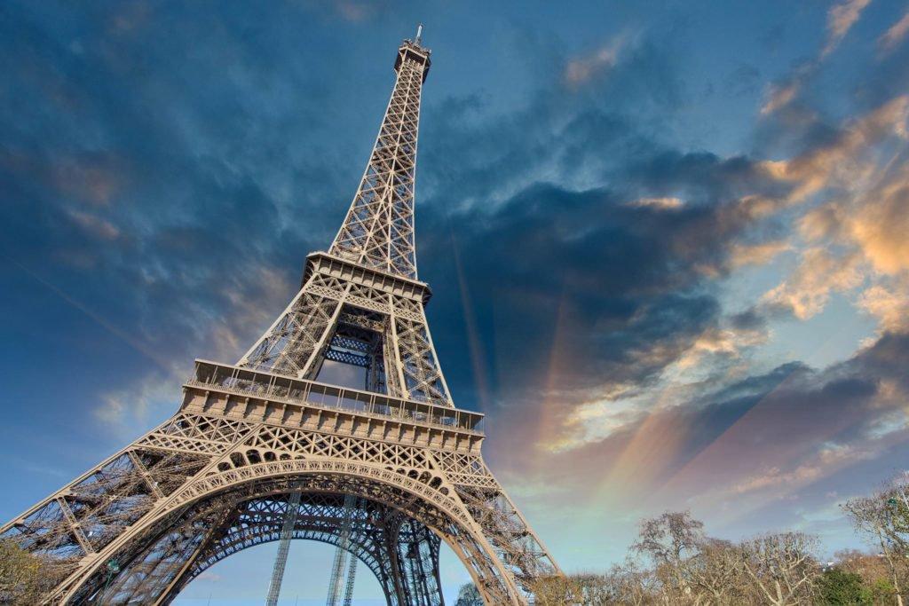La Francia inasprisce il controllo e la regolamentazione sui derivati Bitcoin e le ICO - La Francia inasprisce il controllo e la regolamentazione sui derivati Bitcoin e le ICO