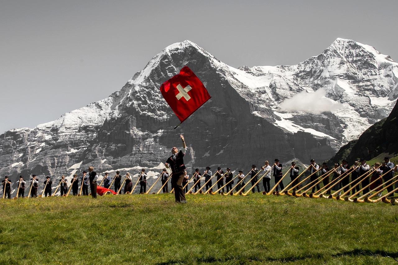 Presidente della Borsa Svizzera Romeo Lacher sostiene le Criptovalute e le ICO - Presidente della Borsa Svizzera Romeo Lacher sostiene le Criptovalute e le ICO
