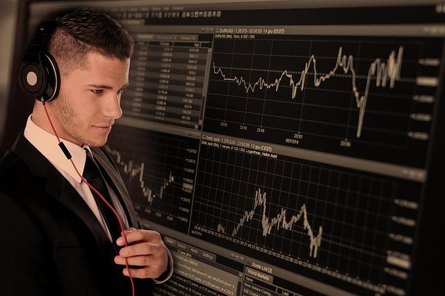 trade 2328525 640 - La Distributed Ledger Technology -DLT- sui mercati finanziari