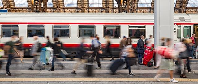 train 1807911 640 - Cities for our future. Concorso di idee per le nuove generazioni