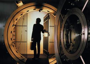 bank vault - I fondi chiusi sono un'opportunità per il private banking. Ma vanno corretti alcuni dettagli