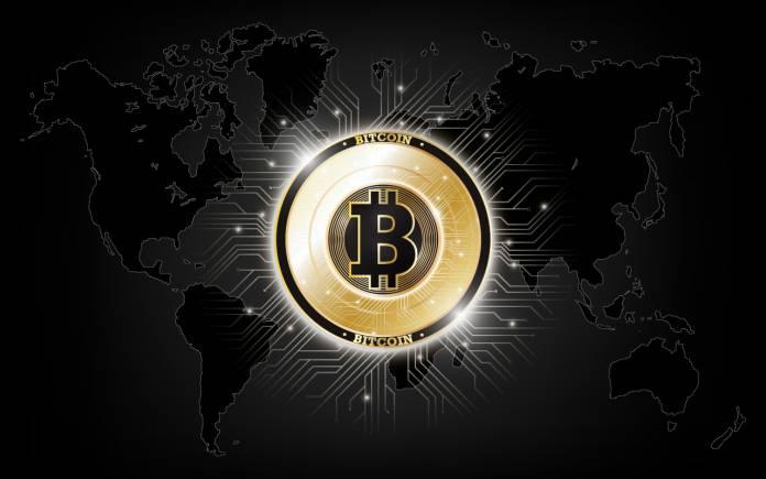 bitcoin 2 - Il prezzo del Bitcoin si ferma a $ 9.000 mentre il mercato delle criptovalute vola