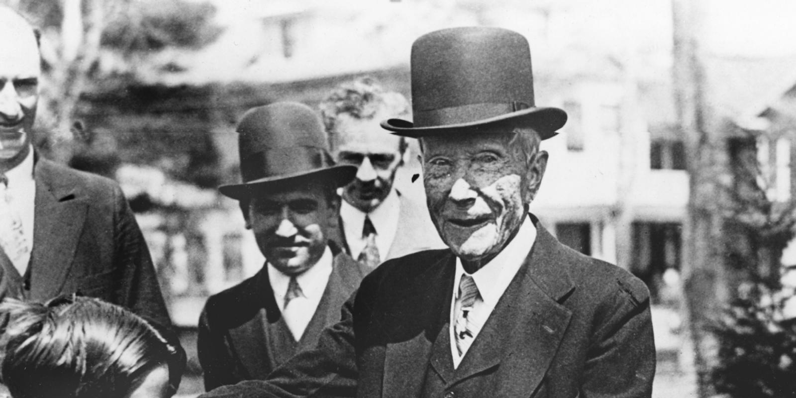 Rockefeller investe in criptovaluta 3 miliardi di Dollari nuova balena in arrivo - Rockefeller investe in criptovaluta 3 miliardi di Dollari: nuova balena in arrivo?