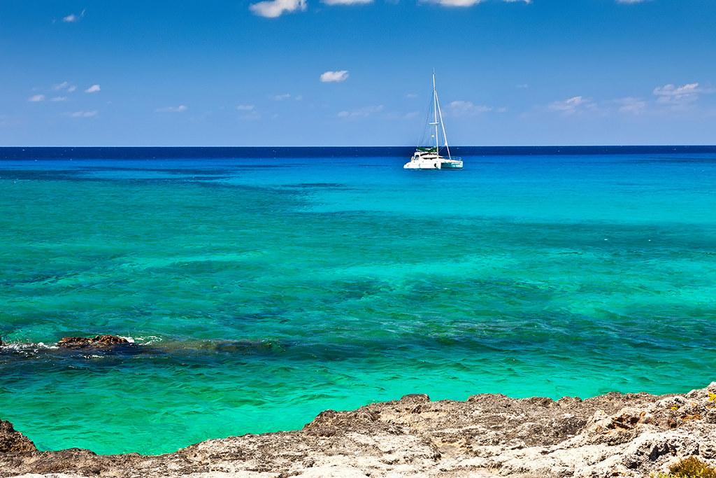 Isole Cayman3 - Carey Olsen advisor per l'ICO della piattaforma di ricerca Ultraviolet