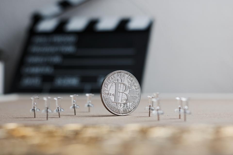 Le criptovalute e la Blockchain potrebbero combattere la pirateria cinematografica - Le criptovalute e la Blockchain potrebbero combattere la pirateria cinematografica, ecco come
