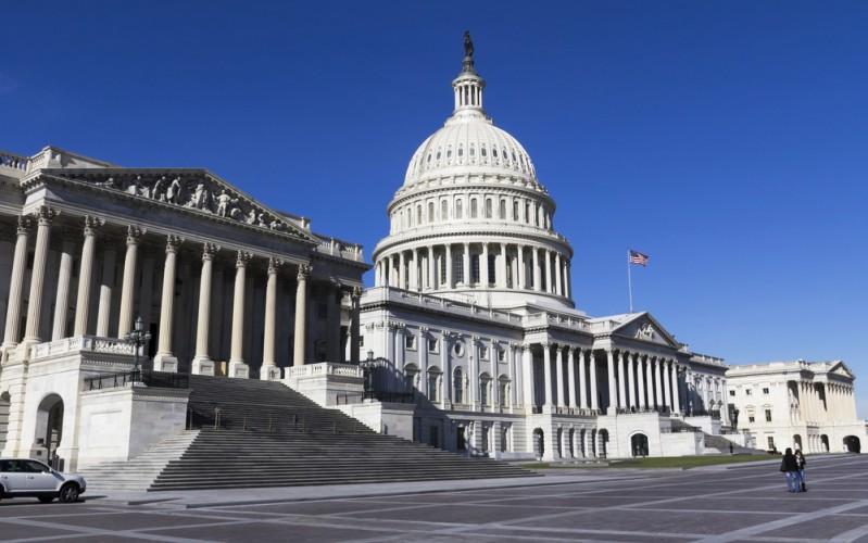 """us congress 799x500 - Il legislatore degli USA chiede un """"tocco morbido"""" sulla regolamentazione ICO"""
