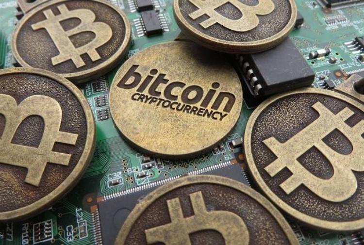 bitcoin200.jpg 982521881 - Mercato: un ETF su Bitcoin potrebbe essere approvato a Febbraio