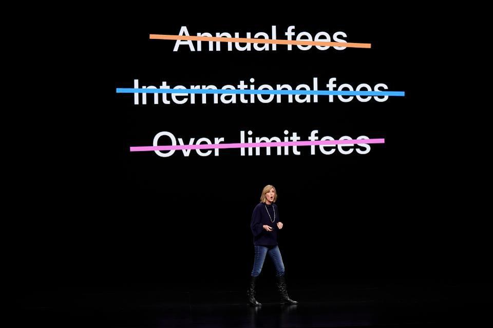 la carta di credito di Apple distrugge i paradigmi del mondo Fintech - Perchè la carta di credito di Apple distrugge i paradigmi del mondo Fintech e rivoluziona il settore