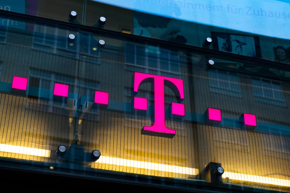 crypto investor law firm archivia causa contro at t e t mobile per phone hacks - Crypto Investor Law Firm archivia causa contro AT & T e T-Mobile per Phone Hacks