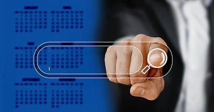 finger 3389910 640 - Klaus Davi: il 65% delle aziende quotate avrà un 2019 peggiore degli anni precedenti