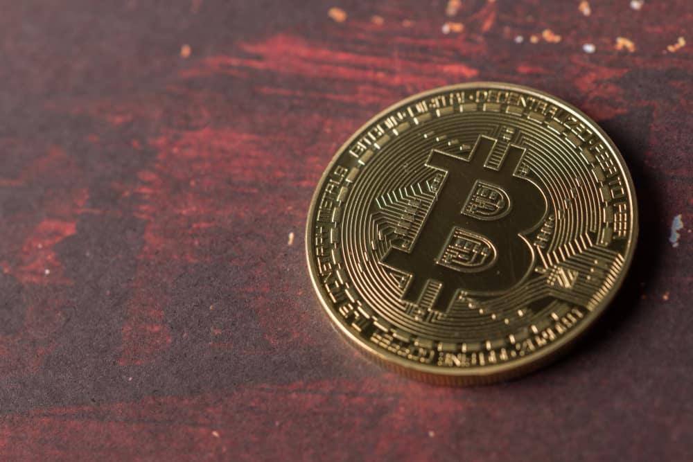 """il primo genesis block di bitcoin e stato estratto per 10 anni fa uno sguardo al viaggio di btc - Il primo """"Genesis Block"""" di Bitcoin è stato estratto per 10 anni fa, uno sguardo al viaggio di BTC"""