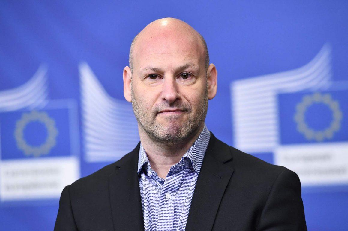 lotta al consenso di ethereum giantsyss 200 milioni aumentano a un miliardo di dollari valutazione 1160x773 - Ethereum ConsenSys cerca $ 200 milioni per sopravvivere sul mercato