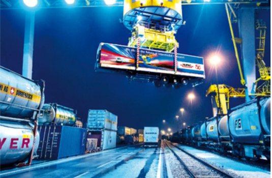 sus cop - Big Data; E-commerce; Elettrico. La sfida del trasporto nella Smart City
