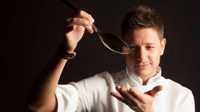 """finetti  - Lo chef Simone Finetti presenta a Milano il suo libro """"Heroes"""""""