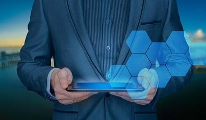 businessman 3213659 640 - Digital Magics e Mimesi insieme per l'innovazione nelle rassegne stampa e nei servizi media monitoring per le aziende