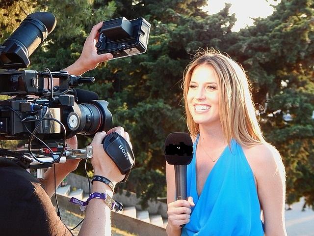 reporter 852096 640 - La RAI seleziona 90 Giornalisti Professionisti