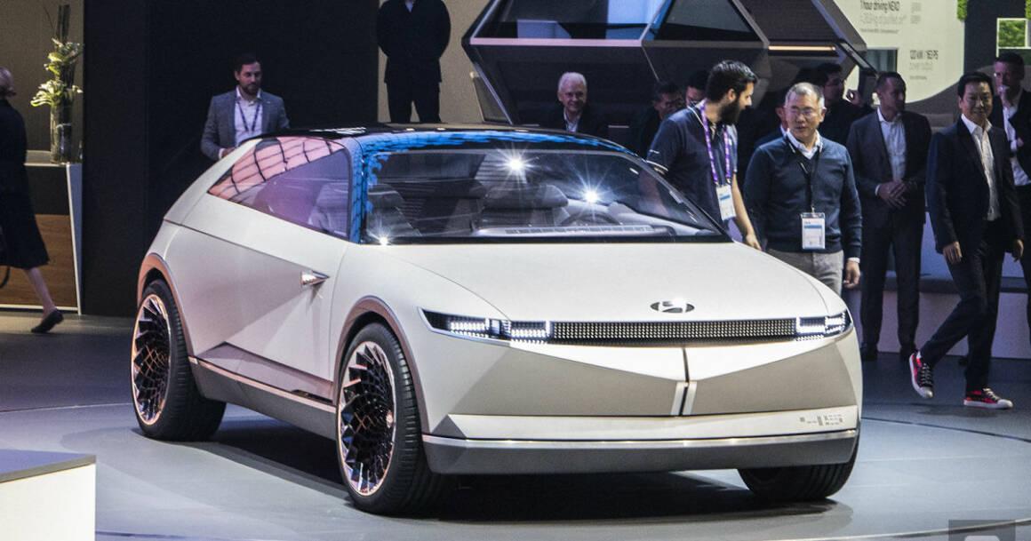 Hyundai ridisegna auto di lusso elettrica che diventa retro futuristica con il suo nuovo concept 45 EV 1160x609 - Hyundai ridisegna l'auto di lusso elettrica che diventa retro-futuristica con il suo nuovo concept 45 EV