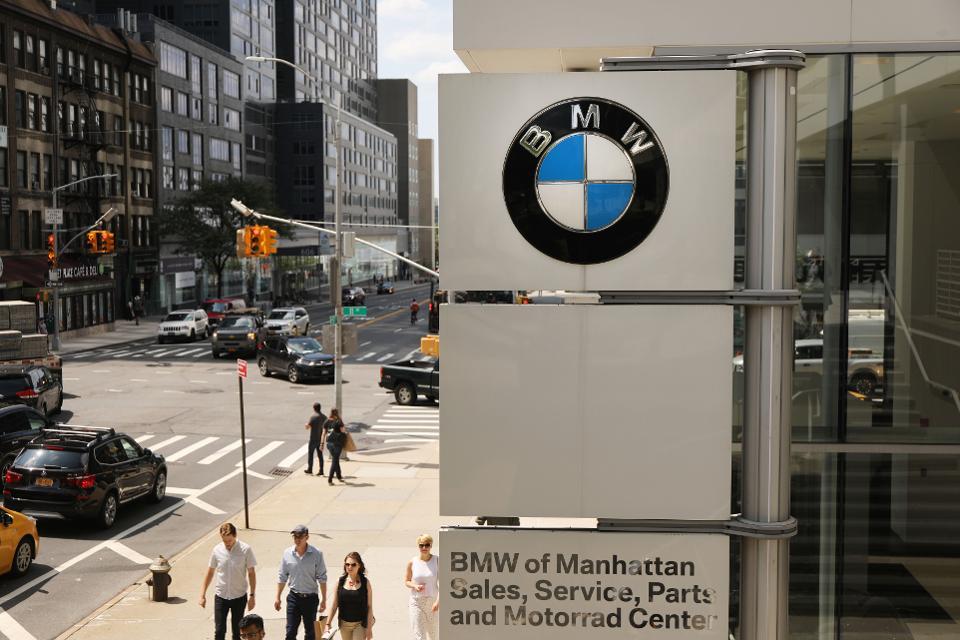 blockchain diventa parte integrante dei principali marchi di veicoli pensando al futuro forbes - Blockchain entra nella produzione automobilistica di Mercedes BMW Daimler GM