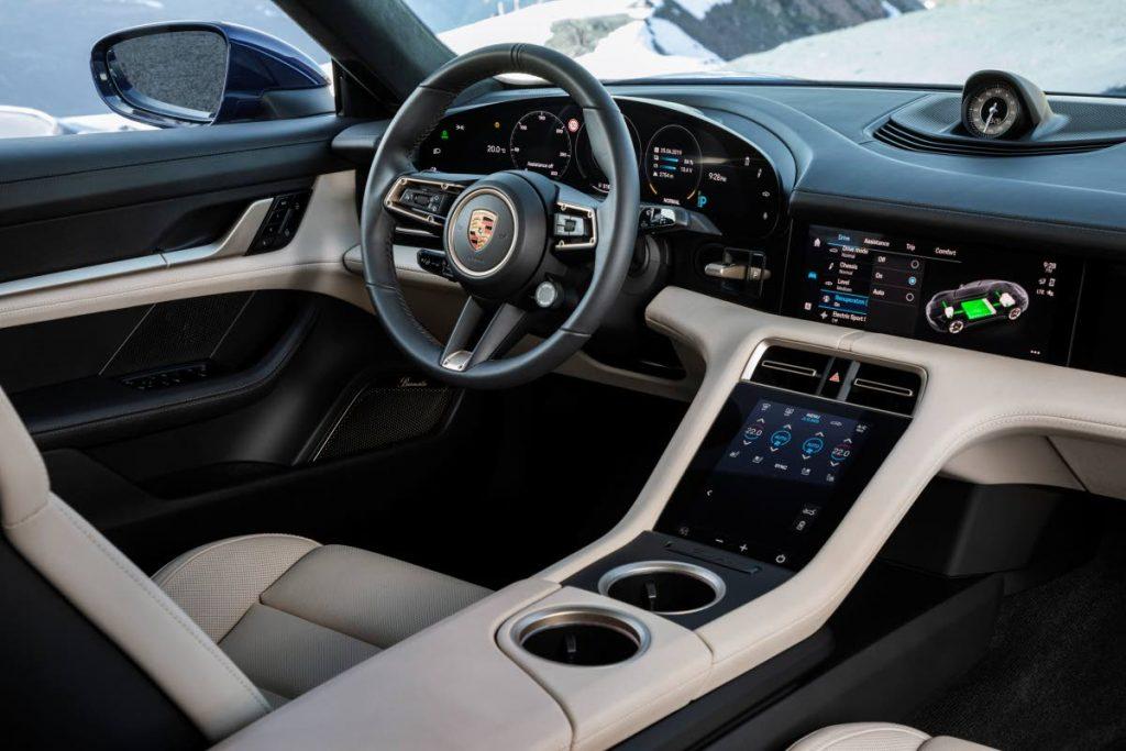 porsche elettrica trinidad news 3 - Porsche presenta Taycan la sua prima auto sportiva completamente elettrica