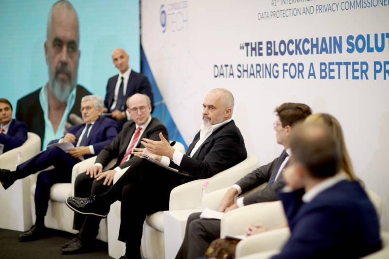 fintoken la nuova legge sulla blockchain albanese e stata presentata da edi rama primo ministro consulcesi 800x533 - Fintoken la nuova Legge sulla Blockchain Albanese è stata presentata da Edi Rama Primo Ministro