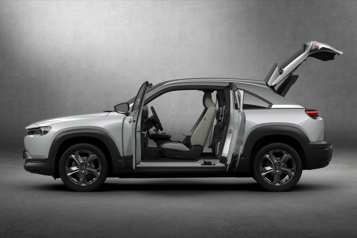 la prima auto elettrica di mazda mx 30 presenta un design futuristico 1160x773 - La prima auto elettrica di Mazda MX-30 presenta un design futuristico