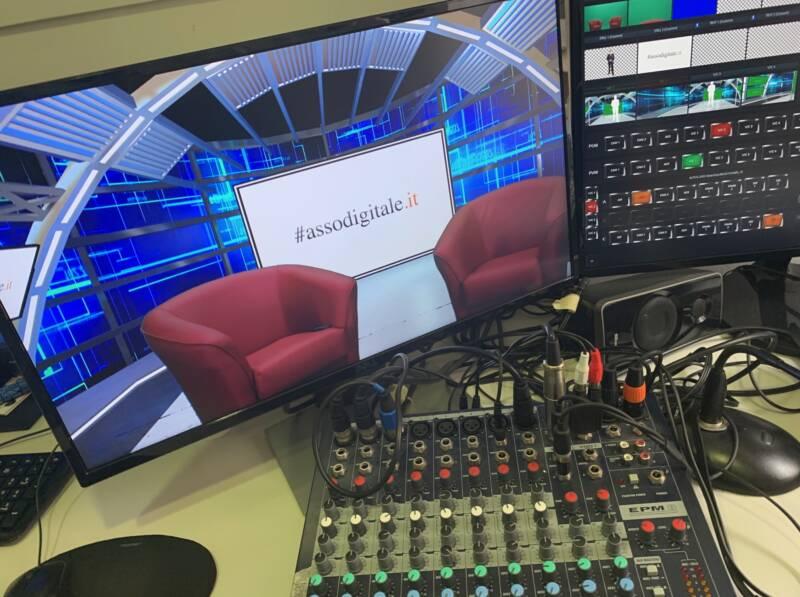studio virtuale assodigitale forbes tv italia onair live 800x597 - L'utilizzo delle Branded Currency spiegato da Michele Ficara Manganelli in diretta su Forbes TV