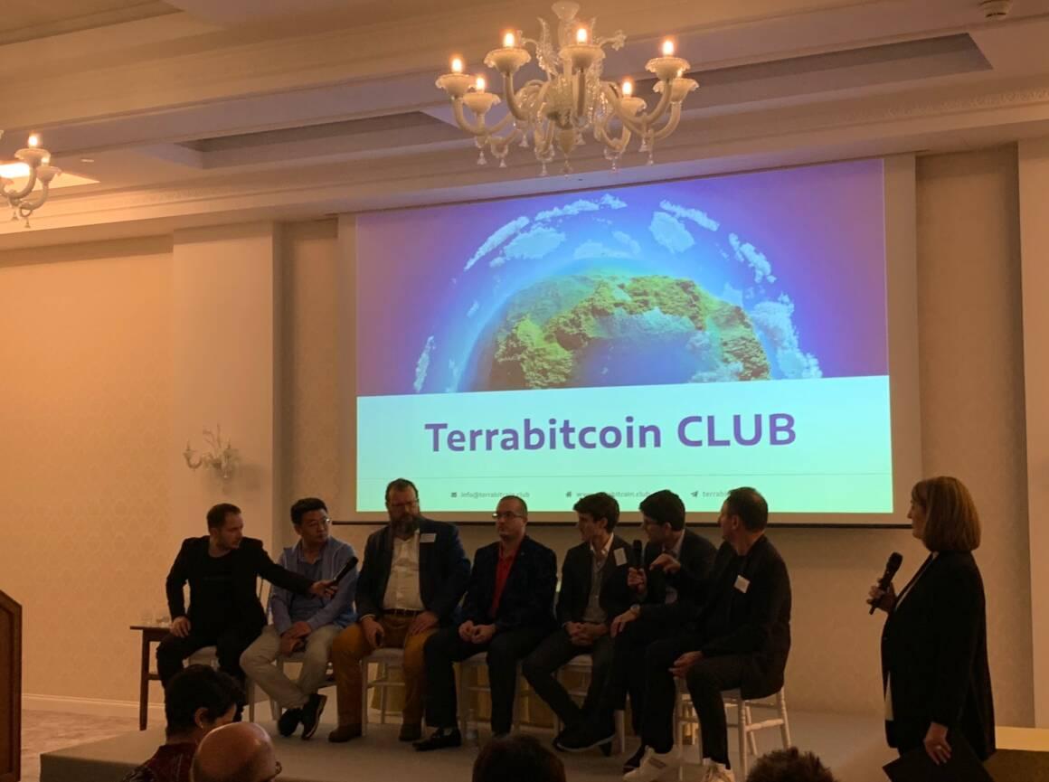 terrabitcoin club presentato a lugano in un megaevento che ha raccolto il top del mondo crypto 0 1160x865 - TerraBitcoin Club presentato a Lugano in un mega evento che ha raccolto il Top del mondo Crypto