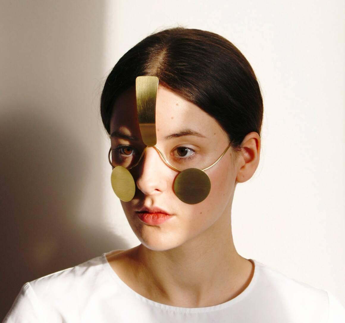 i gioielli per il viso che impediscono il riconoscimento facciale 1160x1084 - I gioielli per il viso che impediscono il riconoscimento facciale