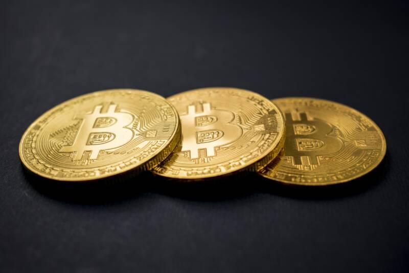 il prezzo del bitcoin raddoppiera nel 2020 800x533 - BITCOIN: IL PREZZO AUMENTA, MA UN PULLBACK SEMBRA PIÙ VICINO CHE MAI