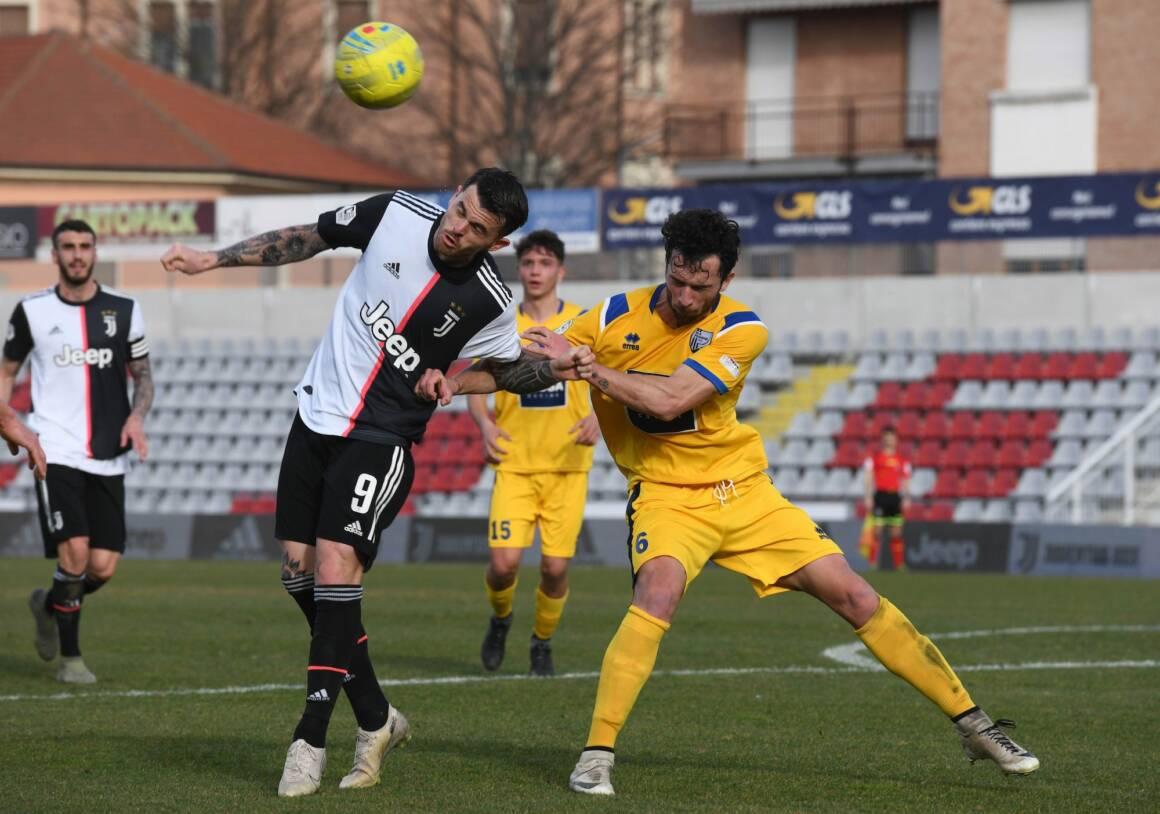 il coronavirus colpisce il primo calciatore in italia che risulta positivo al tampone 1160x814 - Il Coronavirus colpisce il primo calciatore in Italia che risulta positivo al tampone faringeo