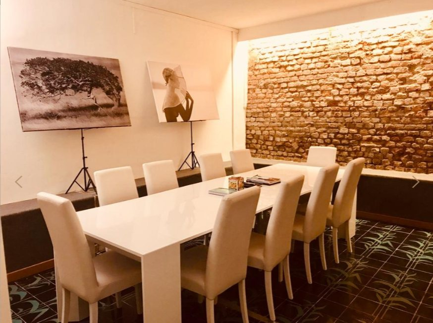 sala riunioni - Nasce a Milano Trendiest News: agenzia di stampa, giornalismo e comunicazione