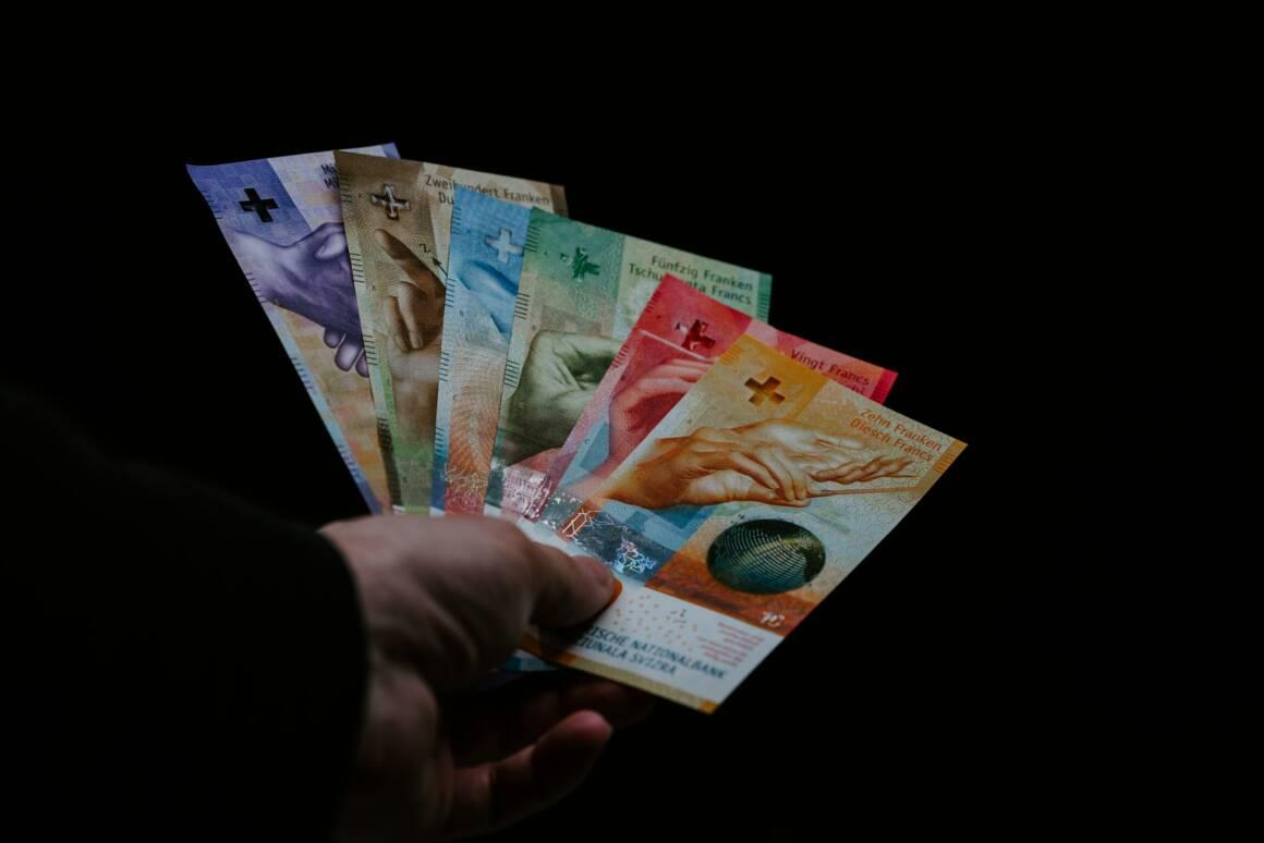 come richiedere prestiti immediati in ticino per la liquidita da crisi coronavirus covid 19 1160x774 - Come richiedere Prestiti Immediati in Ticino per la liquidita' da crisi coronavirus covid-19