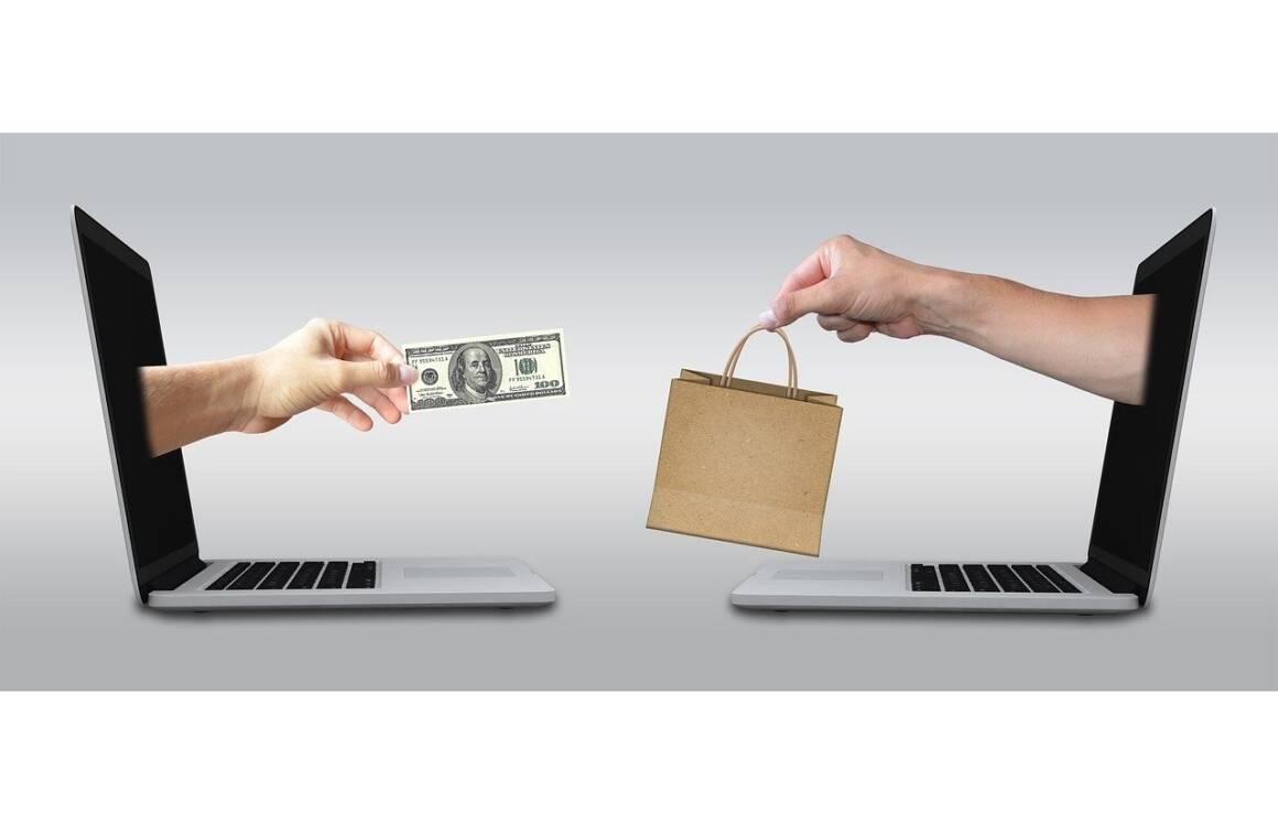 ecommerce 2140604 1280 1 1 1160x749 - Cambiamenti epocali nelle vendite online. In USA esplode Shopify, in Italia si afferma la piattaforma ELIO