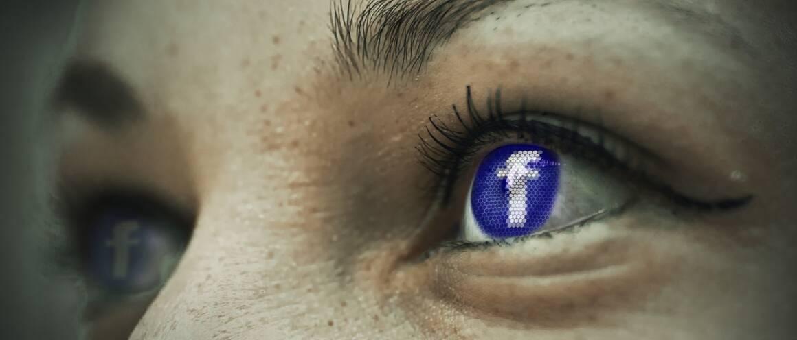 eye 1553789 1280 1160x496 - Attenzione al componente di Facebook impazzito